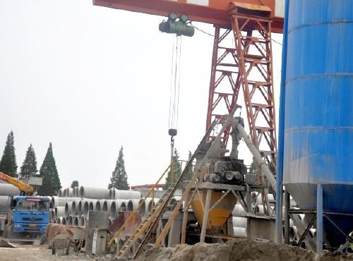 平口式钢筋混凝土排水管生产现场